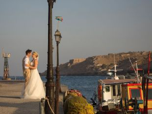 Faye and Anthony Beach Wedding in Santorini organized by Kivotos Travel