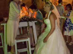 Faye and Anthony Beach Wedding in Greece organized by Kivotos Travel